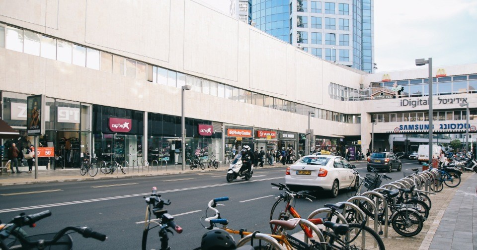 jacob samuel dizzngof street